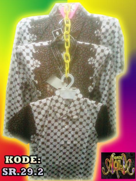 Batik Sarimbit atau Pasangan ditambah dengan Hem Batik Anak laki-laki, motif Sarung, sangat elegan dengan model batik yang menawan, MURAH dan Harga Grosir Special Price: Rp. 80.000/ Pasang Kain Katun, Batik motif bunga + ikat pingang Grosir : Rp. 1.550.000/ 20 Pasang, gak perlu bayar ratusan ribu, cukup dengn 80.000 sudah bisa memakai baju batik ini. hubungi kami untuk DAPATKAN DISKON LANGSUNG! di 085742125550 (Indosat) / 082329133113 telkomsel, https://kaosbatikpekalongan.wordpress.com/