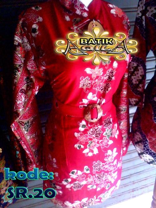 Blouse Batik motif bunga sakura, KODE: SR. 20, Batik Elegan dan penuh gaya. dengan warna merah menyala. perpaduan desain Batik tradisional Indonesia dengan desain Modern Tradisonal Jepang, blouse Batik dilengkapi dengan ikat pinggang baju membuat badan terasa langsing serta menambah nilai artistiknya. harga Rp. 95.000/pasang, Rp. 1.800.000/kodi, informasi hubungi : 085742125550 (IM3),https://kaosbatikpekalongan.wordpress.com.